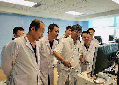 日中笹川医学協力プロジェクトの「腹腔鏡実用技術研修」が実施されました