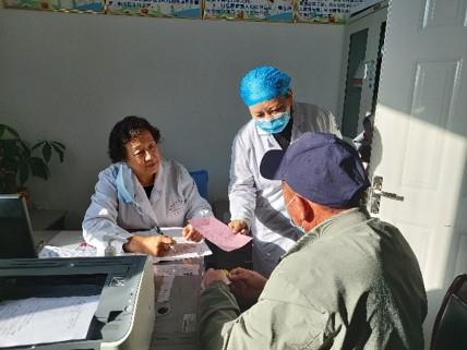 笹川同学会の地域医療支援活動が新疆ウイグル自治区で実施されました