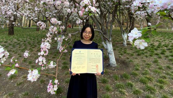 日中笹川医学奨学金制度<学位取得コース>研究者が長崎大学で博士号取得!